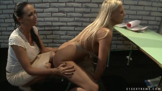 Mandy Bright teaches Barbie White how to behave