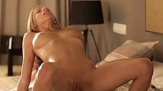 Hunk is having enjoyment drilling babe in nylons