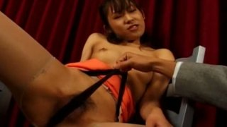 Japanese floosie Mako Mochi getting her pussy examined