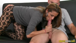 Hot chick Kiki Taylor is fucking in her pantyhose