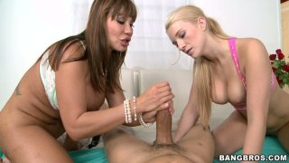 Sweet Addison Avery has nothing against a splendid threesome