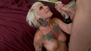 Tattoed rock bitch Jessie Lee is for oral sex